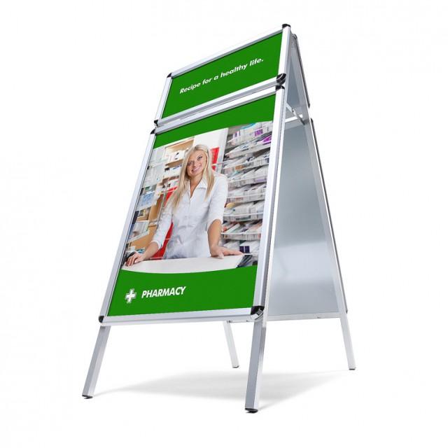 Standardní reklamní áčko, s profilem (šířkou rámu) 32mm, s druhým logo rámem